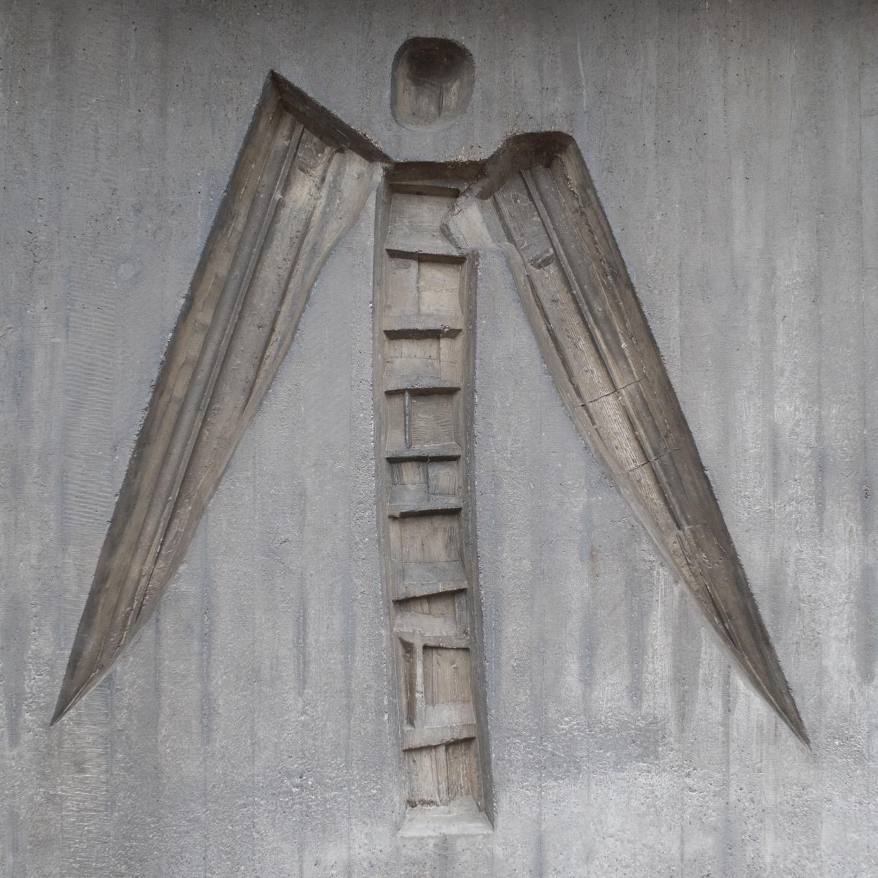 """Relief """"Verkündigungsengel Gabriel"""" (Peter Moilliet, 1964)"""
