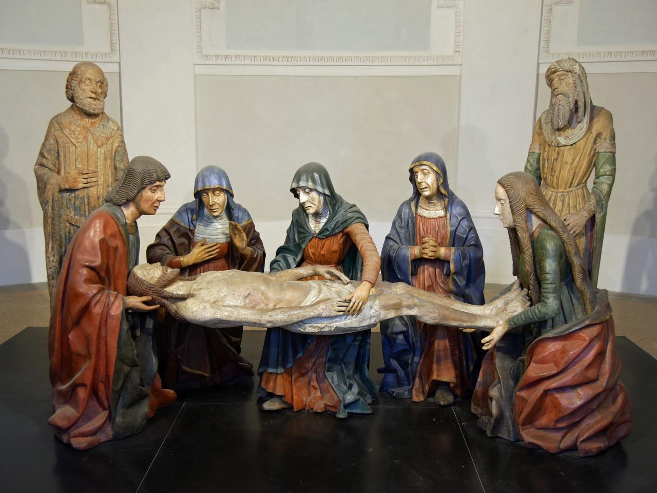 Kapelle der Beweinung Christi mit Figurengruppe aus Holz (Meister von Santa Maria Maggiore, vor 1485)