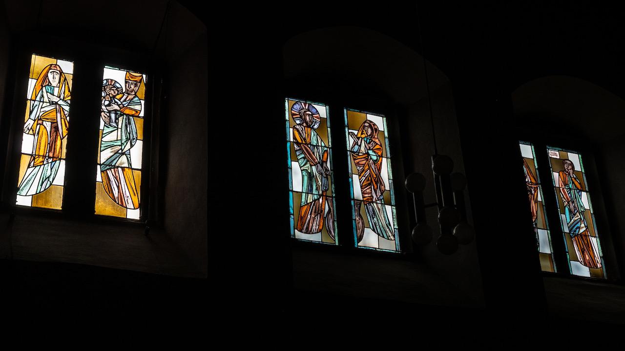 Buntglasfenster mit Marienleben (Wilhelm Geyer sen., 1957)