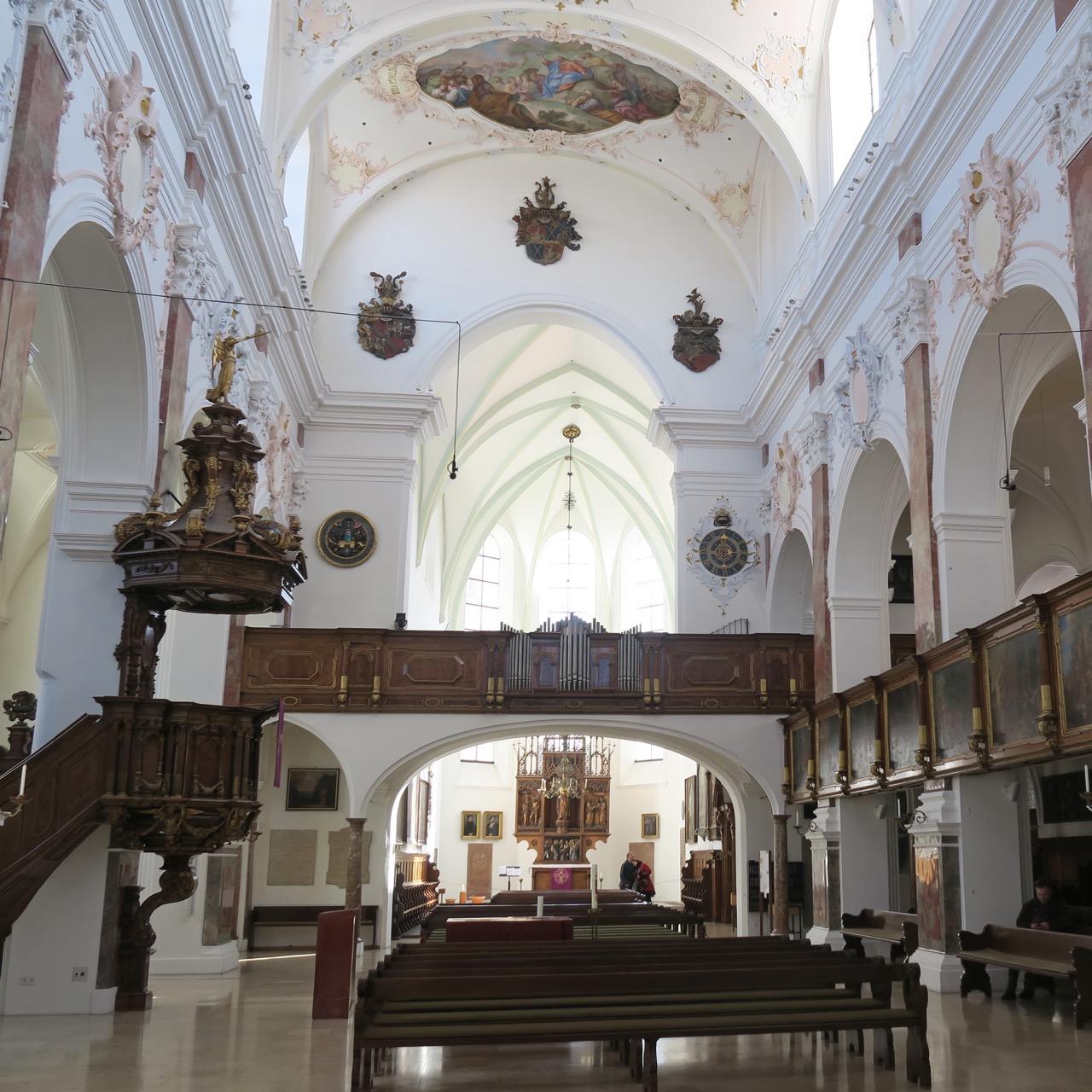 St.-Anna-Kirche, Innenansicht zum Ostchor