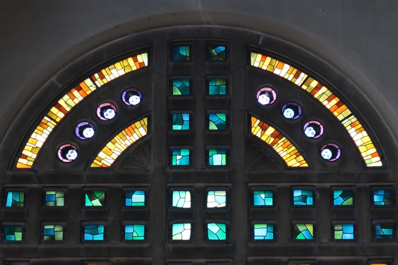 Buntglasfenster im nördlichen Querschiff, Detail