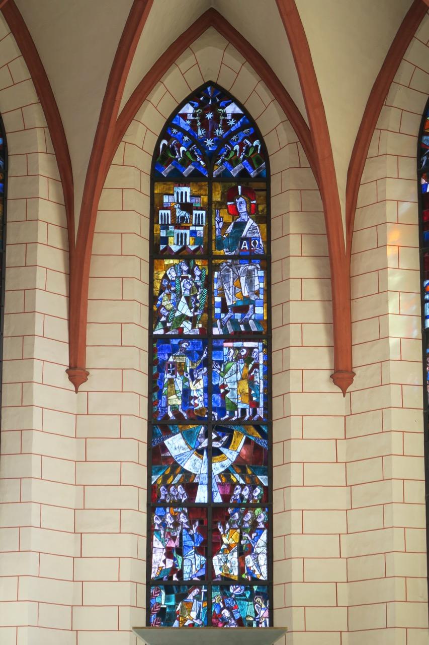 Chorfenster von Robert Rabolt, 1962