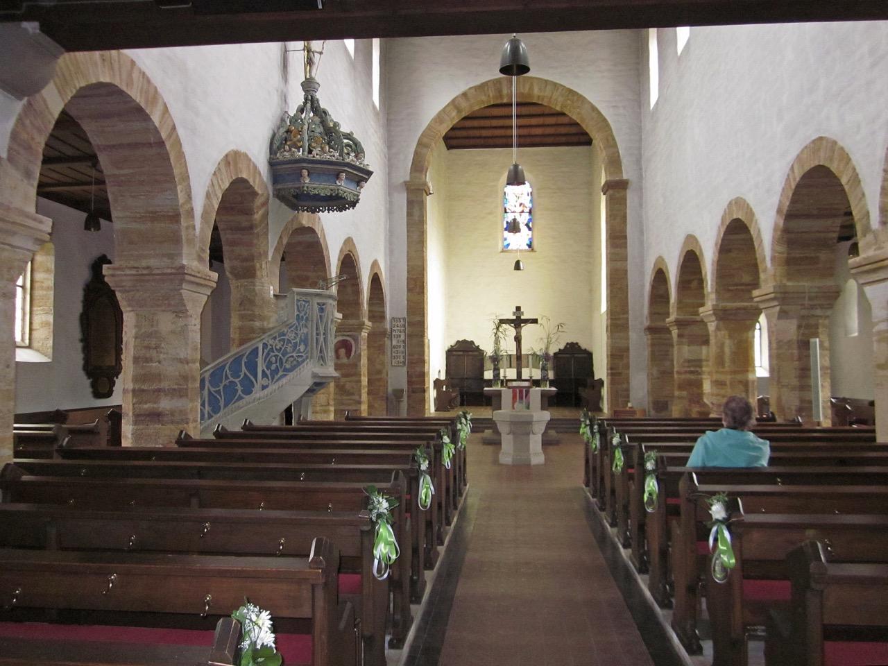Stiftskirche St. Cyriakus, Innenansicht