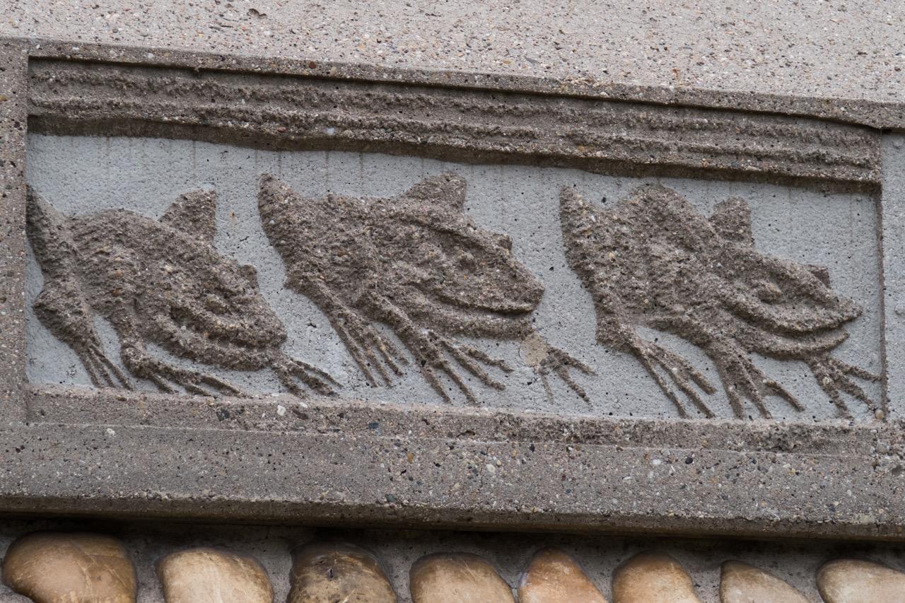 Außenfries Detail (Froschplage)