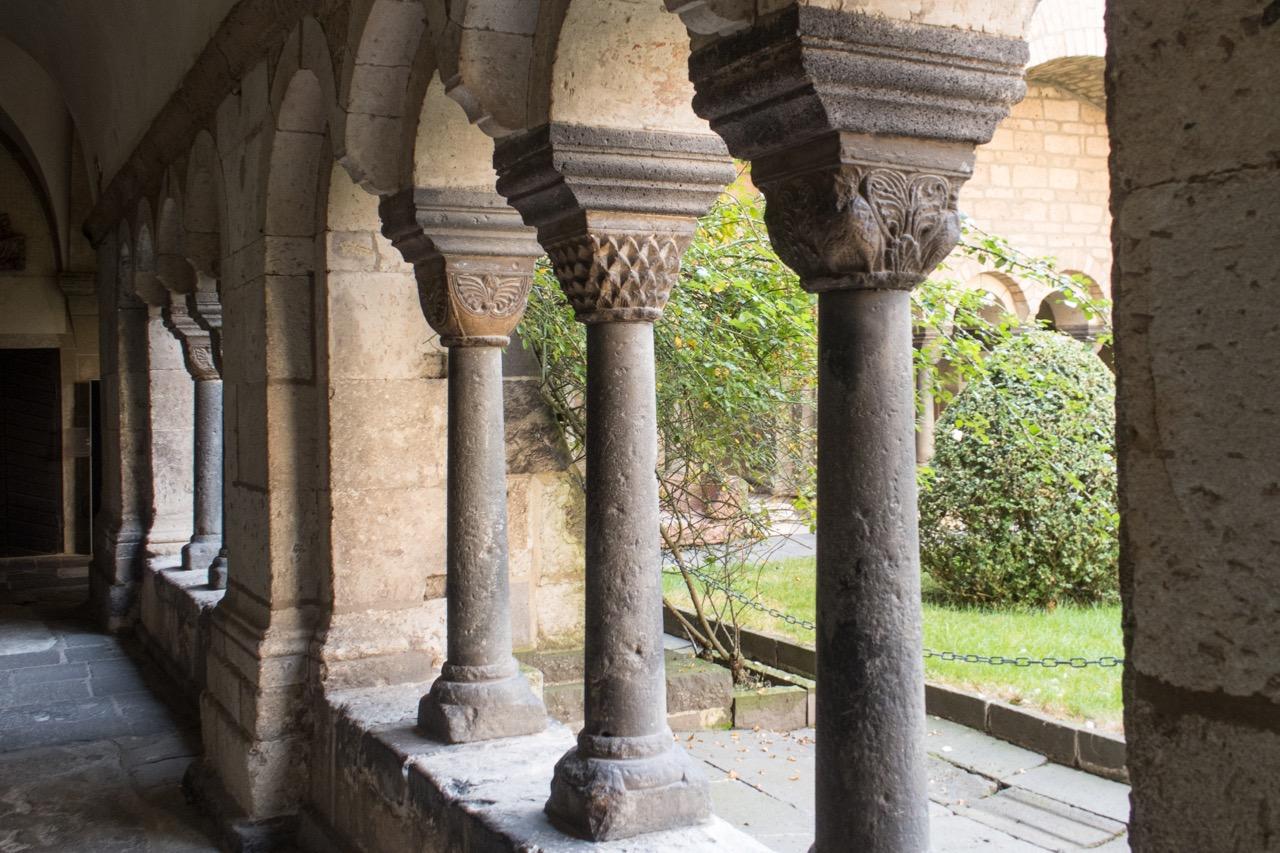 Säulen im Kreuzgang