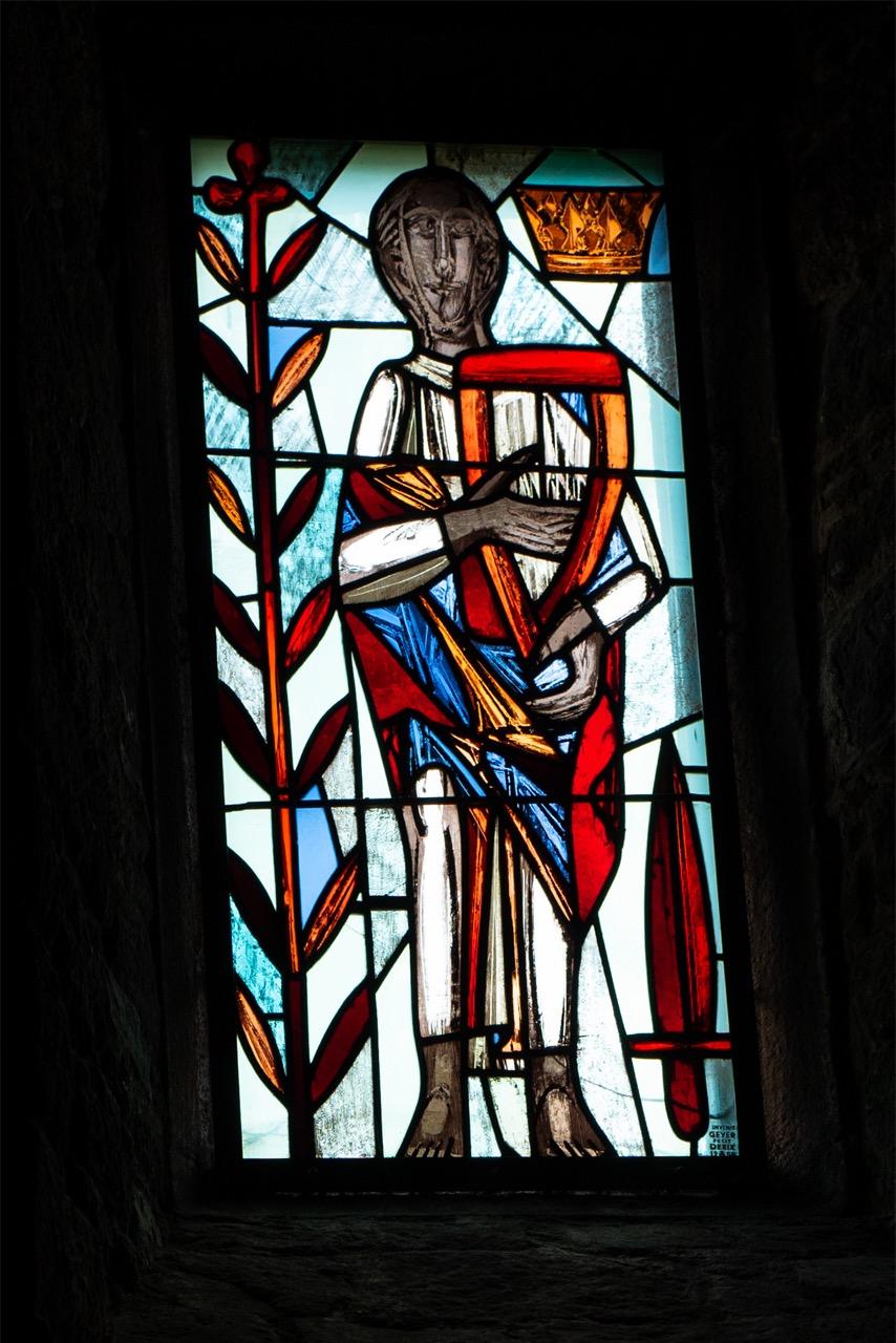 """Buntglasfenster """"König David"""" (Wilhelm Geyer, 1955)"""
