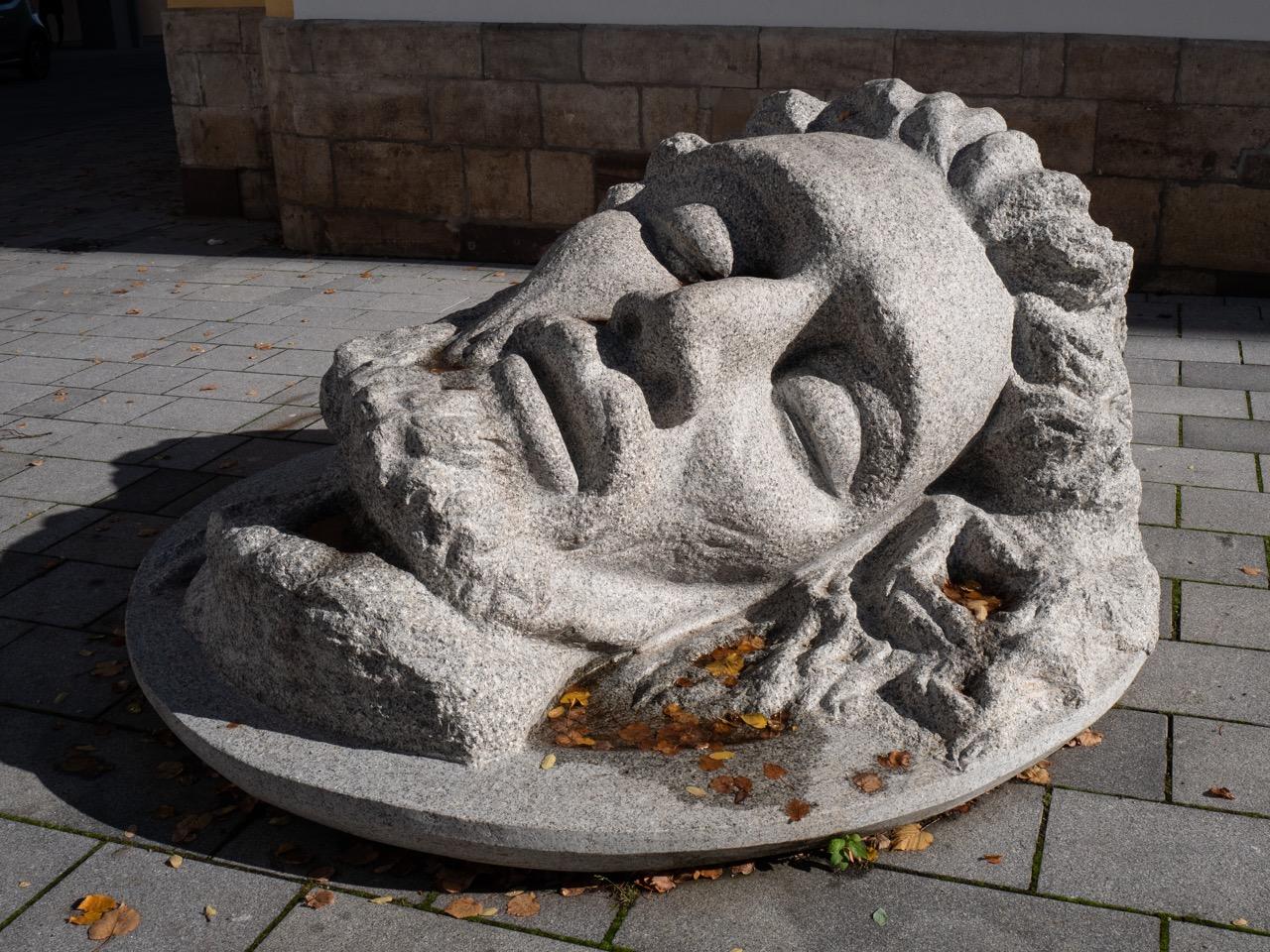 "Skulptur ""Kopf Johannes' des Täufers"""