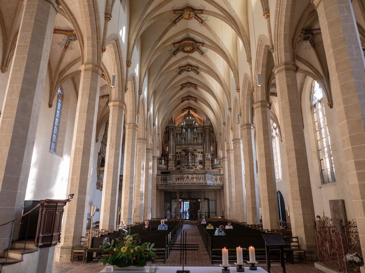 Langhaus, Blick zur Orgel