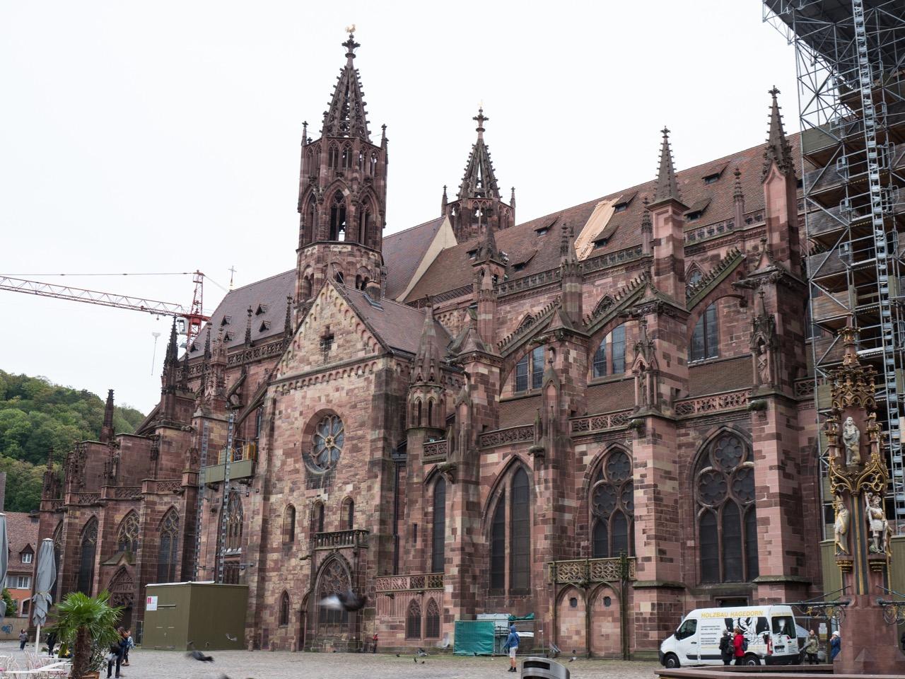 Langhaus und Chor von Norden