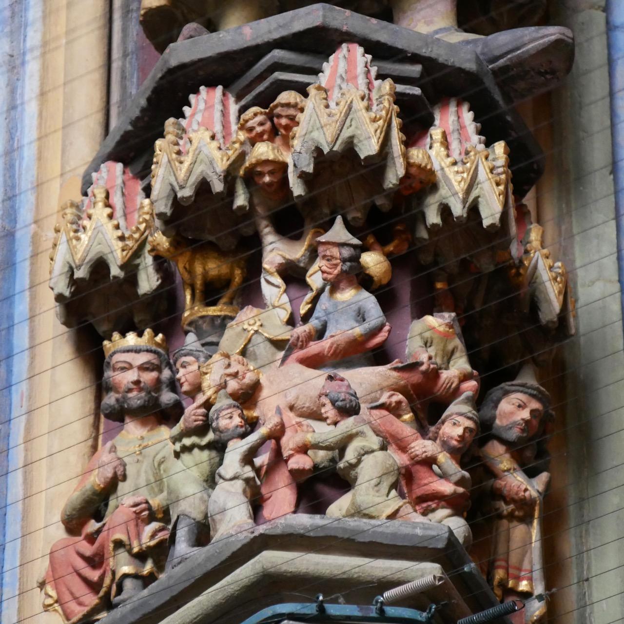 Vorhalle, Figurenpostament mit dem Martyrium des Apostels Bartholomäus (um 1270–90)