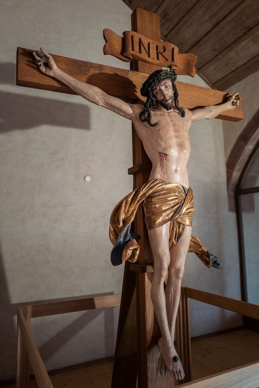 Kruzifix (um 1500; Ausstellung in Alpirsbach während Kirchenrenovierung)