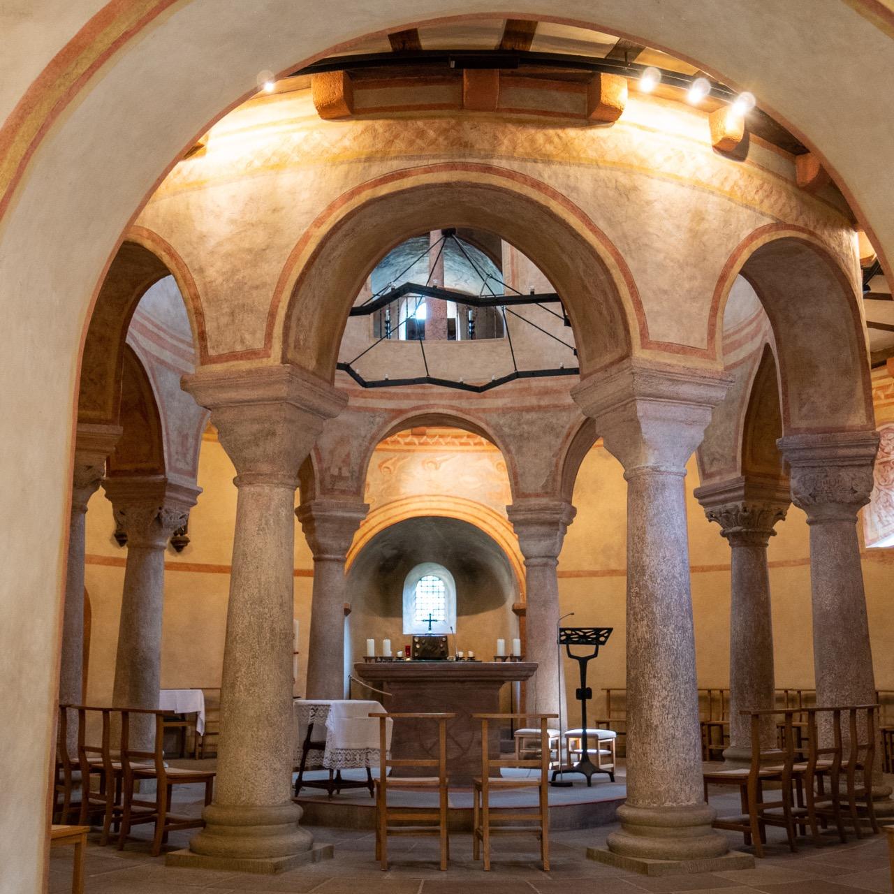 Michaelskirche, Innenansicht