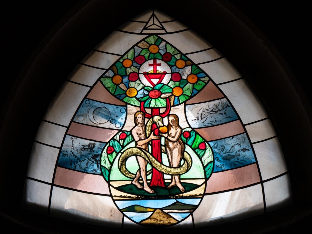 """Dreiecksfenster """"Auge Gottes"""""""