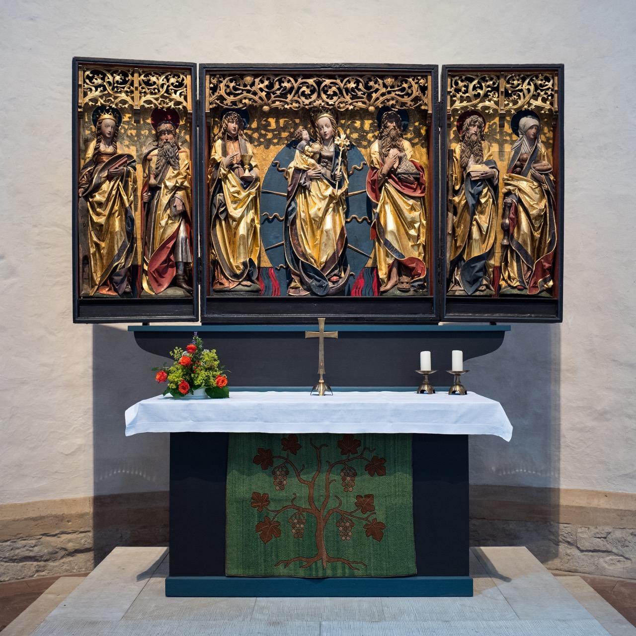 Westchor, Altar mit Johannesretabel (um 1520)