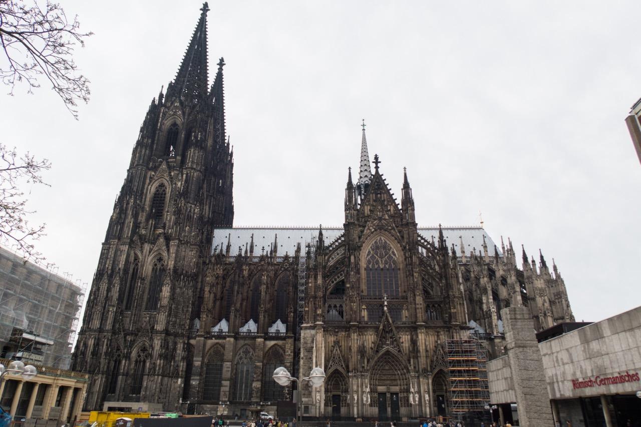 Hohe Domkirche Sankt Petrus (Kölner Dom), Außenansicht