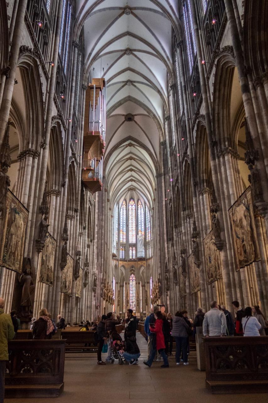 Hohe Domkirche Sankt Petrus (Kölner Dom), Innenansicht
