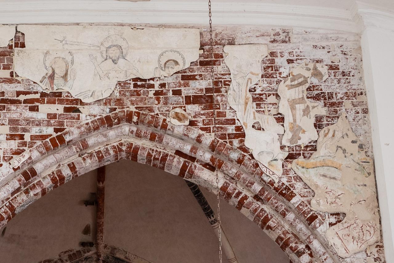 Wandmalerei über dem Triumphbogen (Jüngstes Gericht; spätes 15. Jh.)