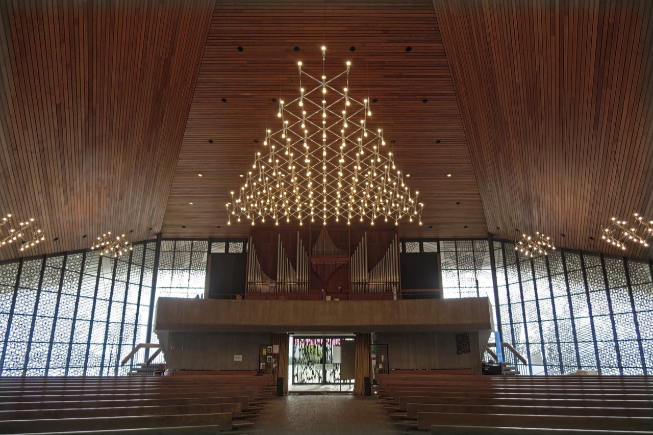 Innenansicht zur Orgelempore