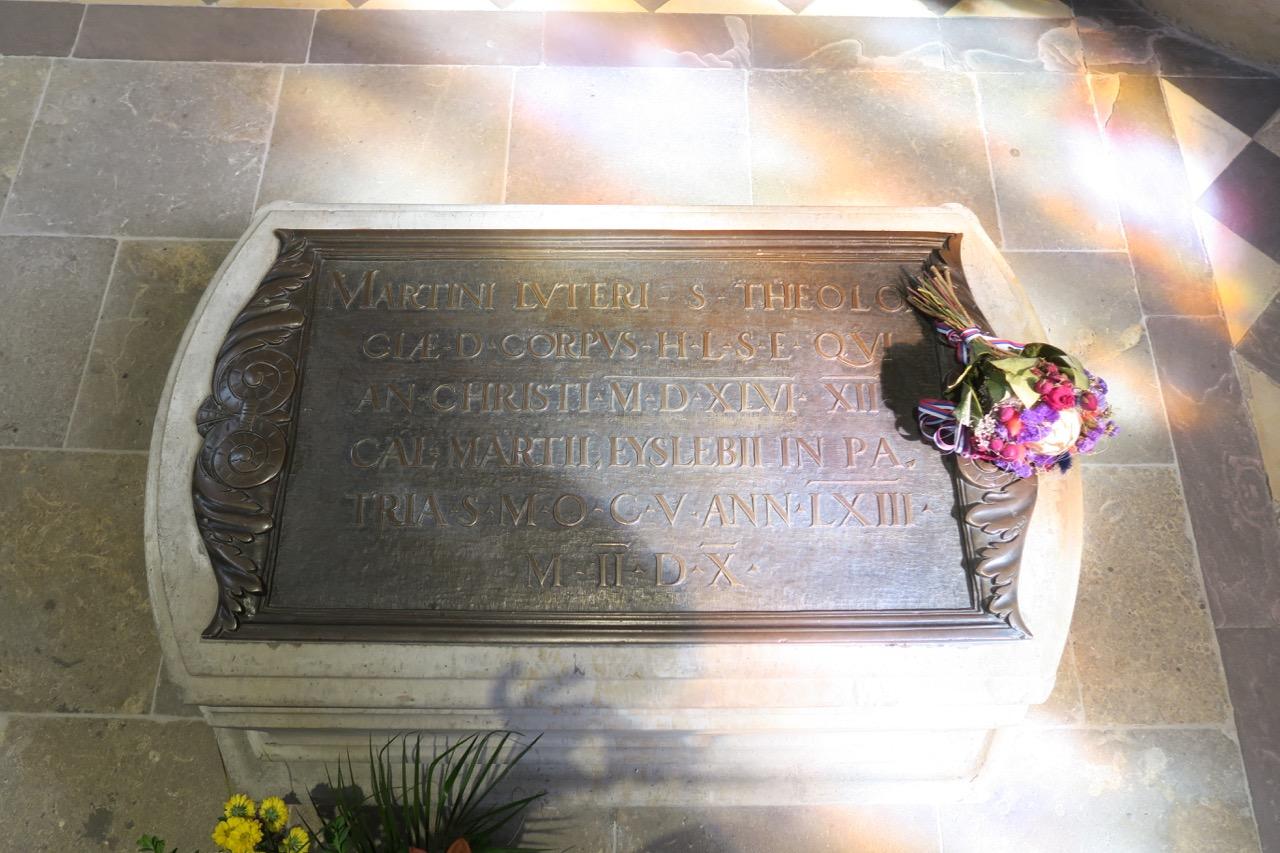 Tumba über dem Grab Martin Luthers (ca. 1560)