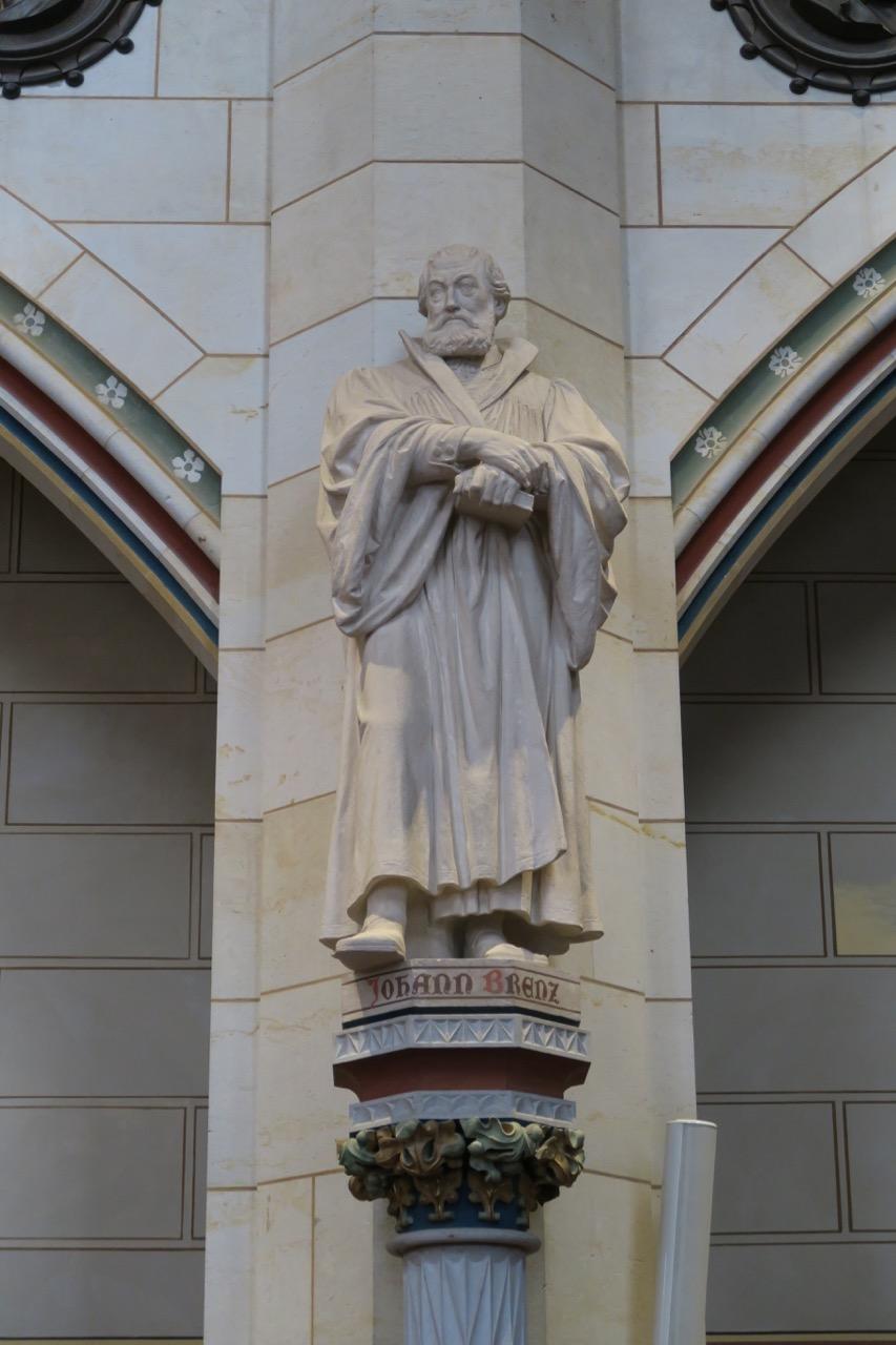 Kalksteinstatue des Reformators Johannes Brenz (1890)