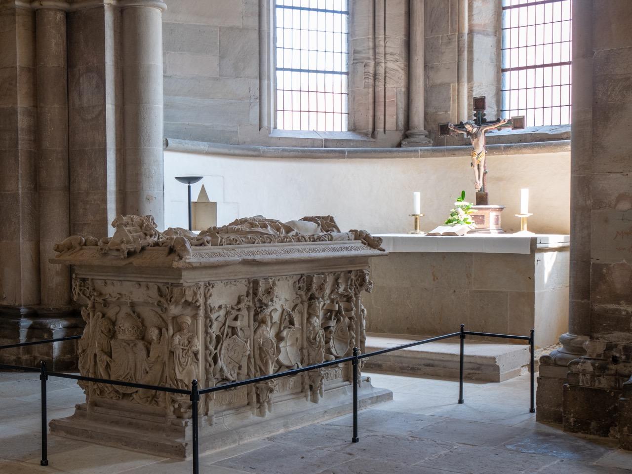 Chorscheitelkapelle mit Grab der Editha