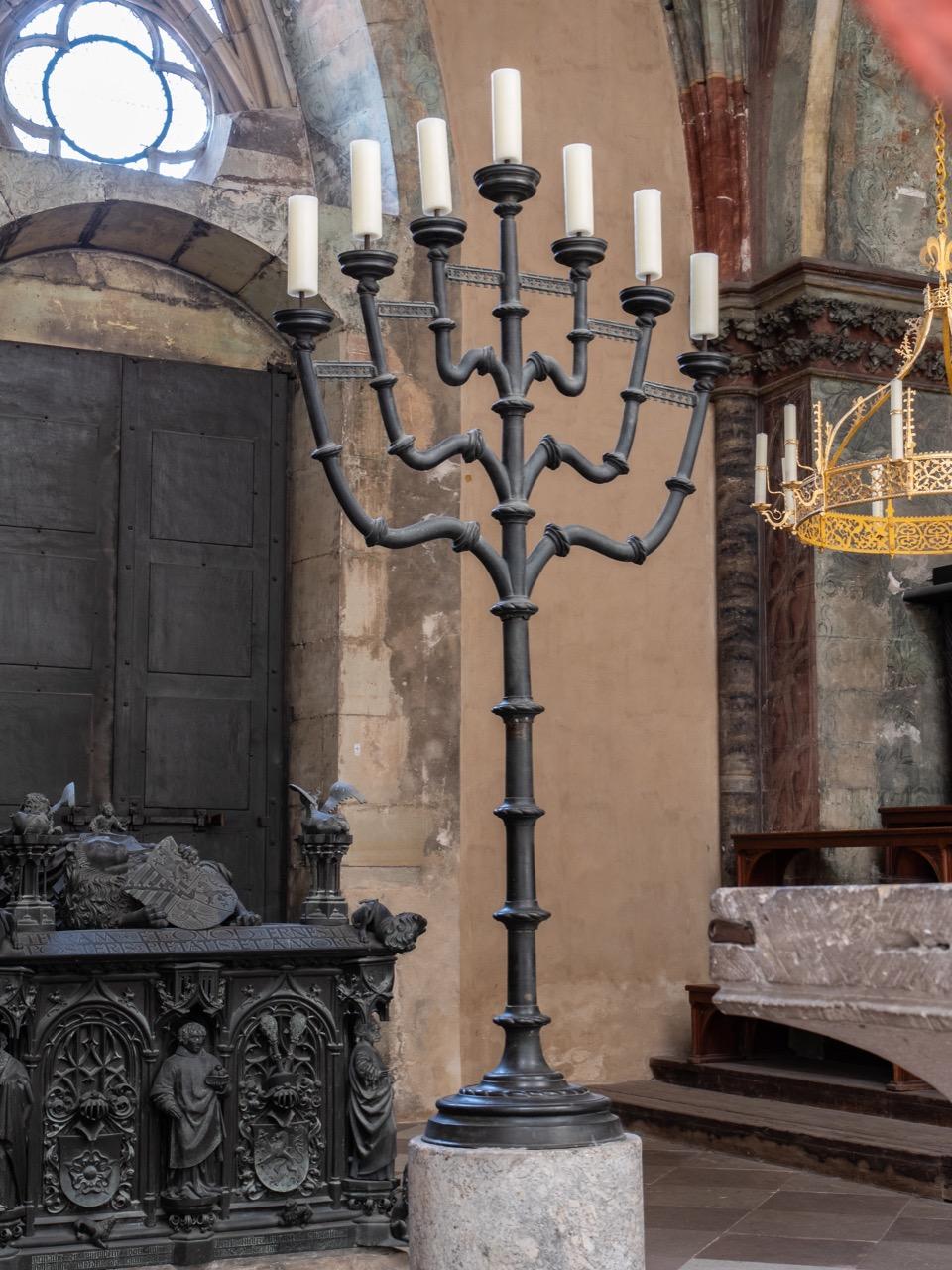 Menora in der Ernstkapelle