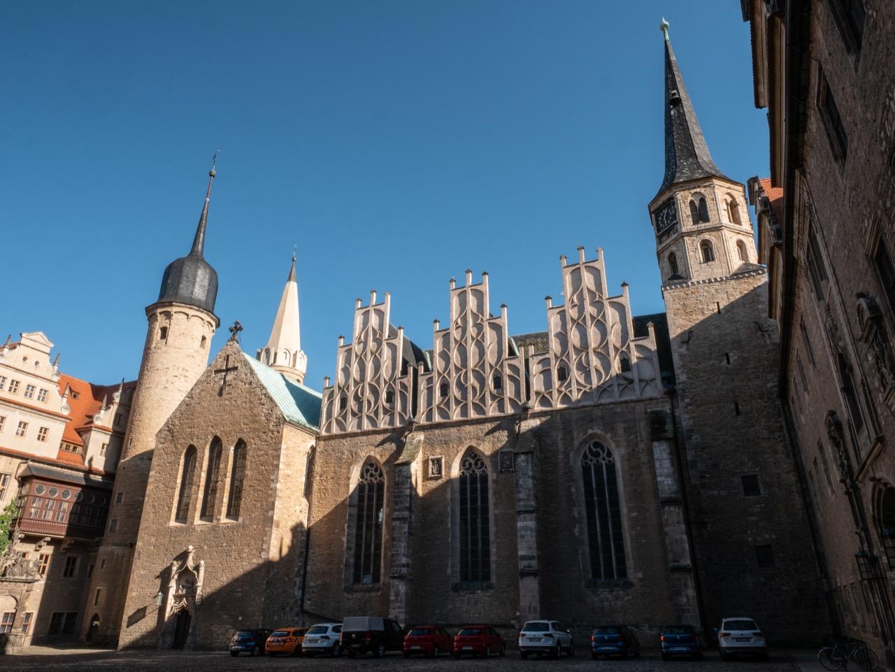 Außenansicht von Nordwesten aus dem Schlosshof