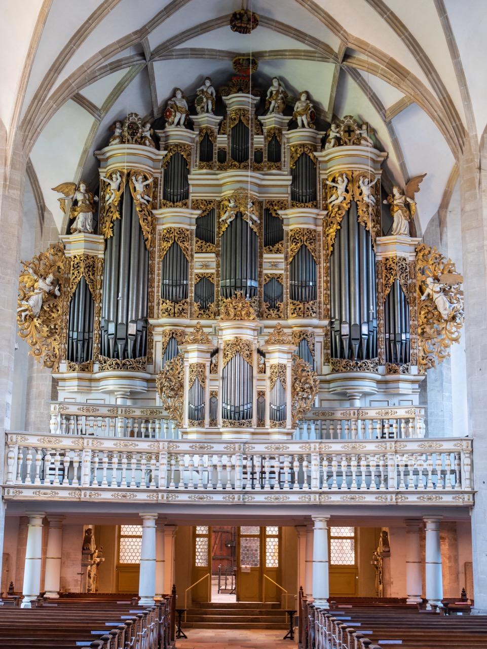 Orgel mit barockem Prospekt (um 1700)