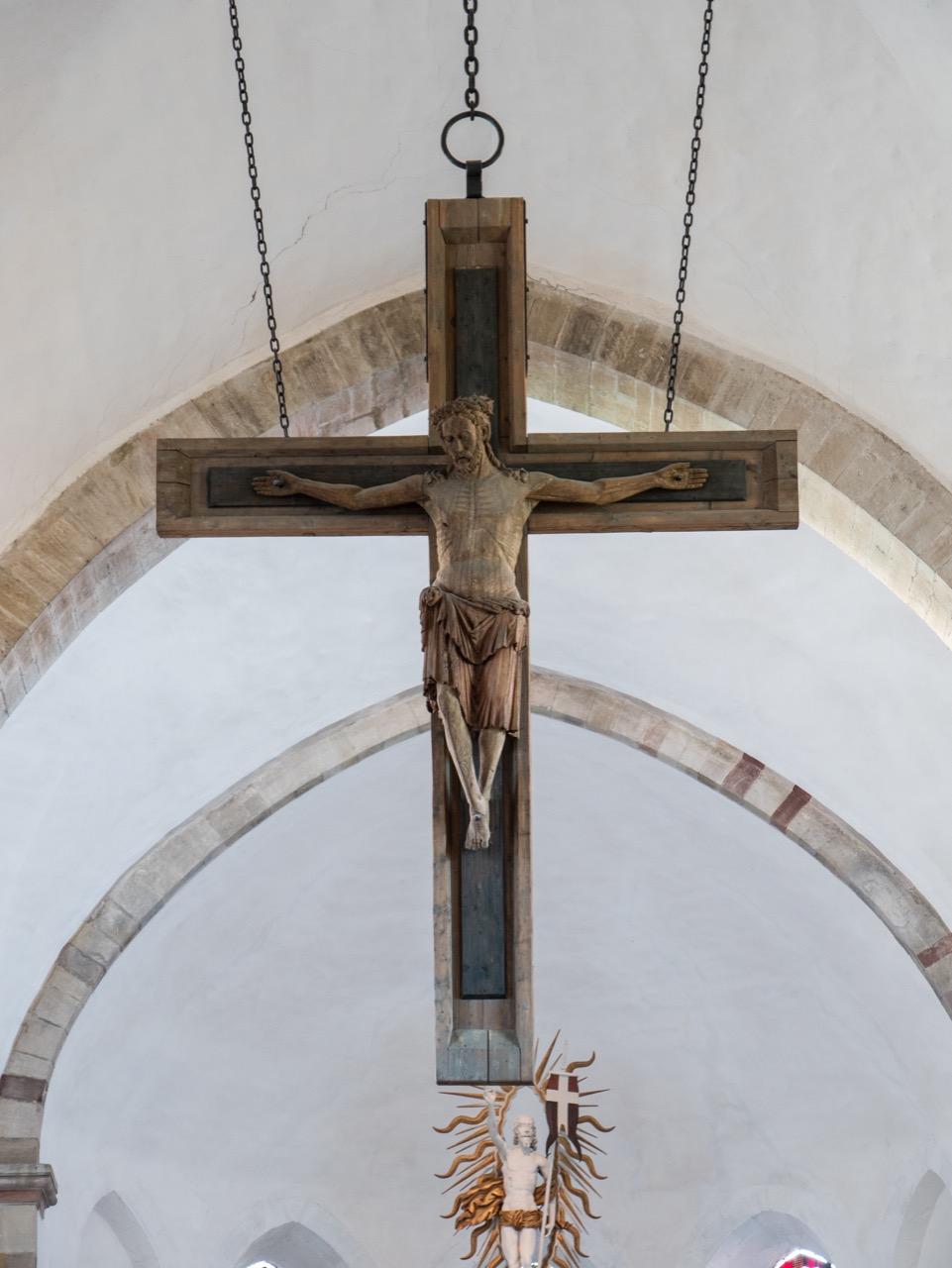 Monumentalkruzifix aus Eiche (Mitte 13. Jh., Kreuz und Arme 1955 ergänzt)