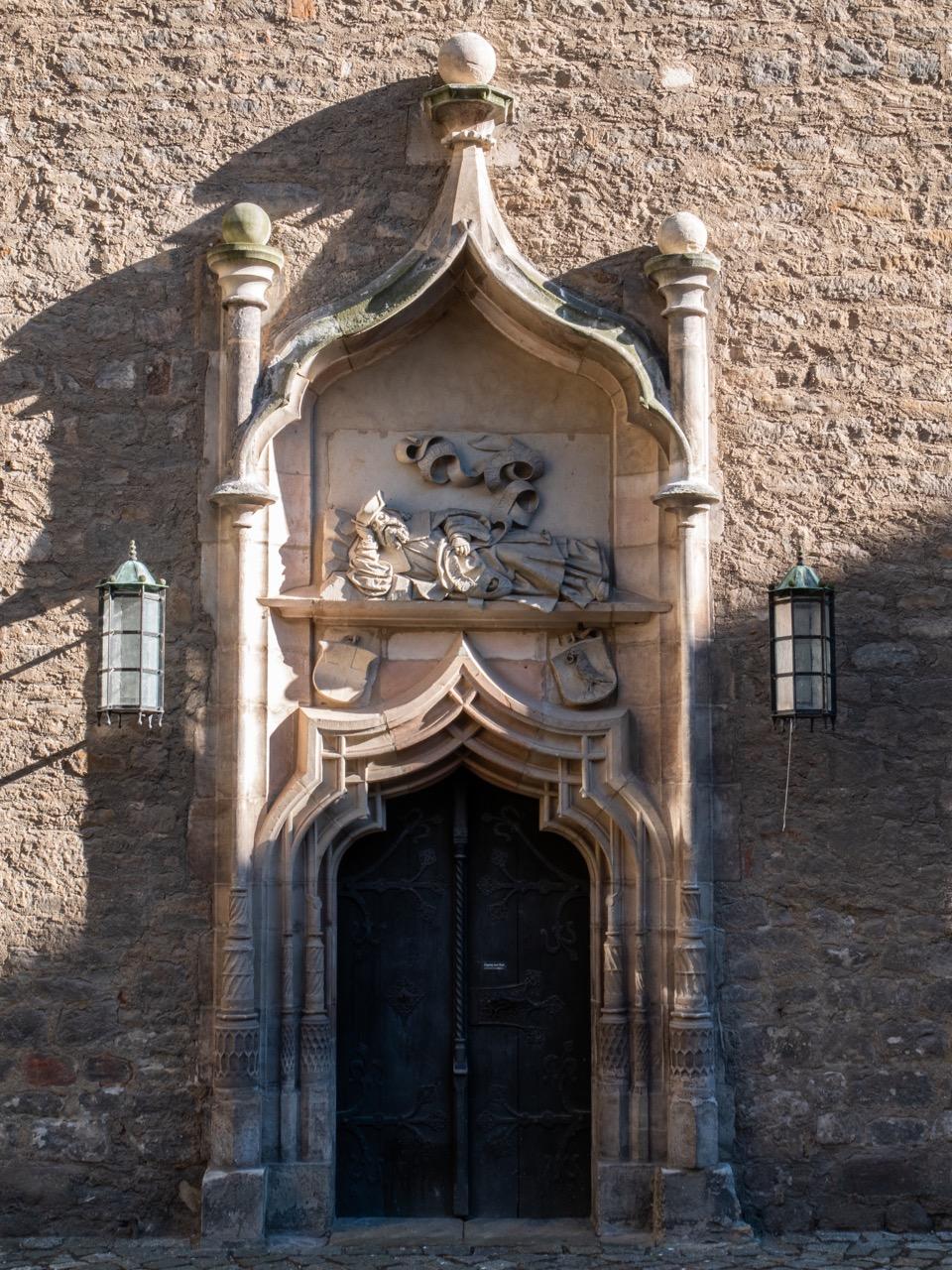 Nordportal im Schlosshof