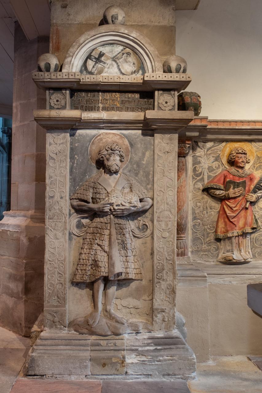 Relief des Dompatrons Johannes des Täufers