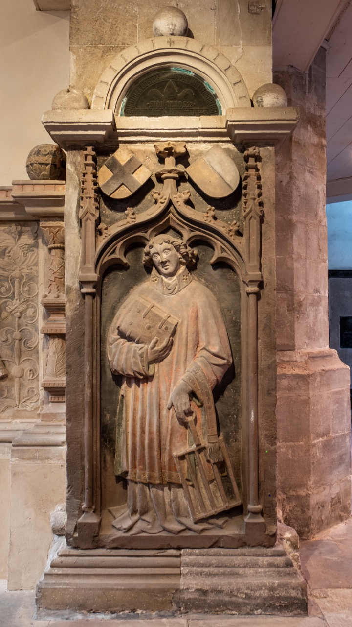 Relief des Dompatrons Laurentius