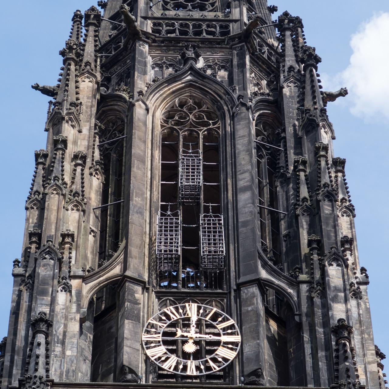 Turmobergeschoss mit den eisernen Körben, in denen die hingerichteten Täufer zur Schau gestellt wurden