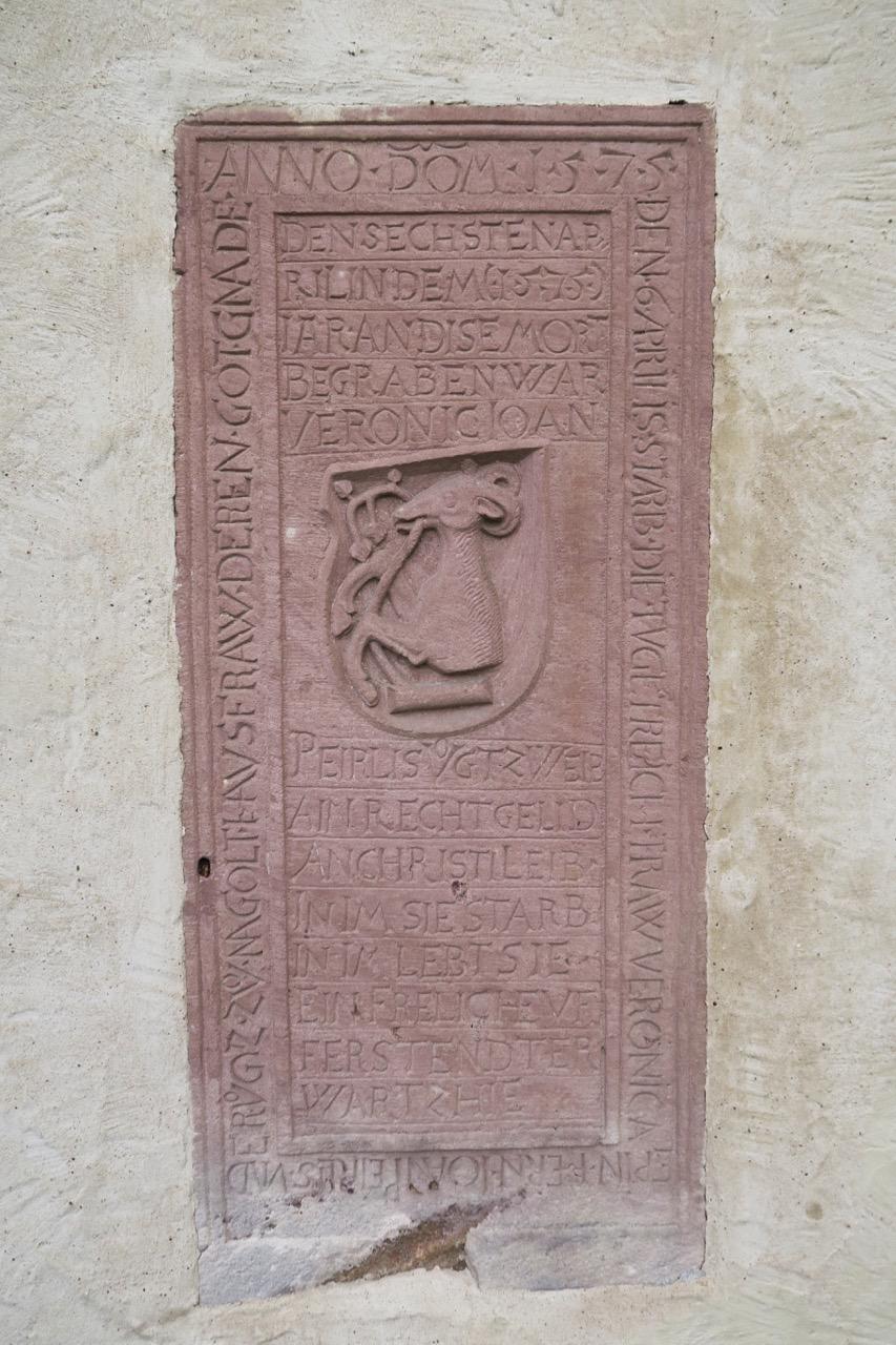 Grabplatte der Veronica Bäurlin (1575)