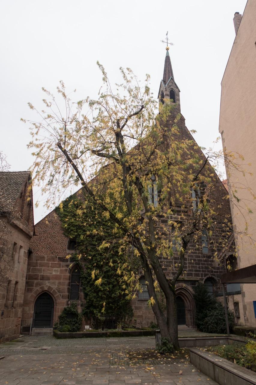 Innenhof (ehemaliger Nonnenfriedhof)