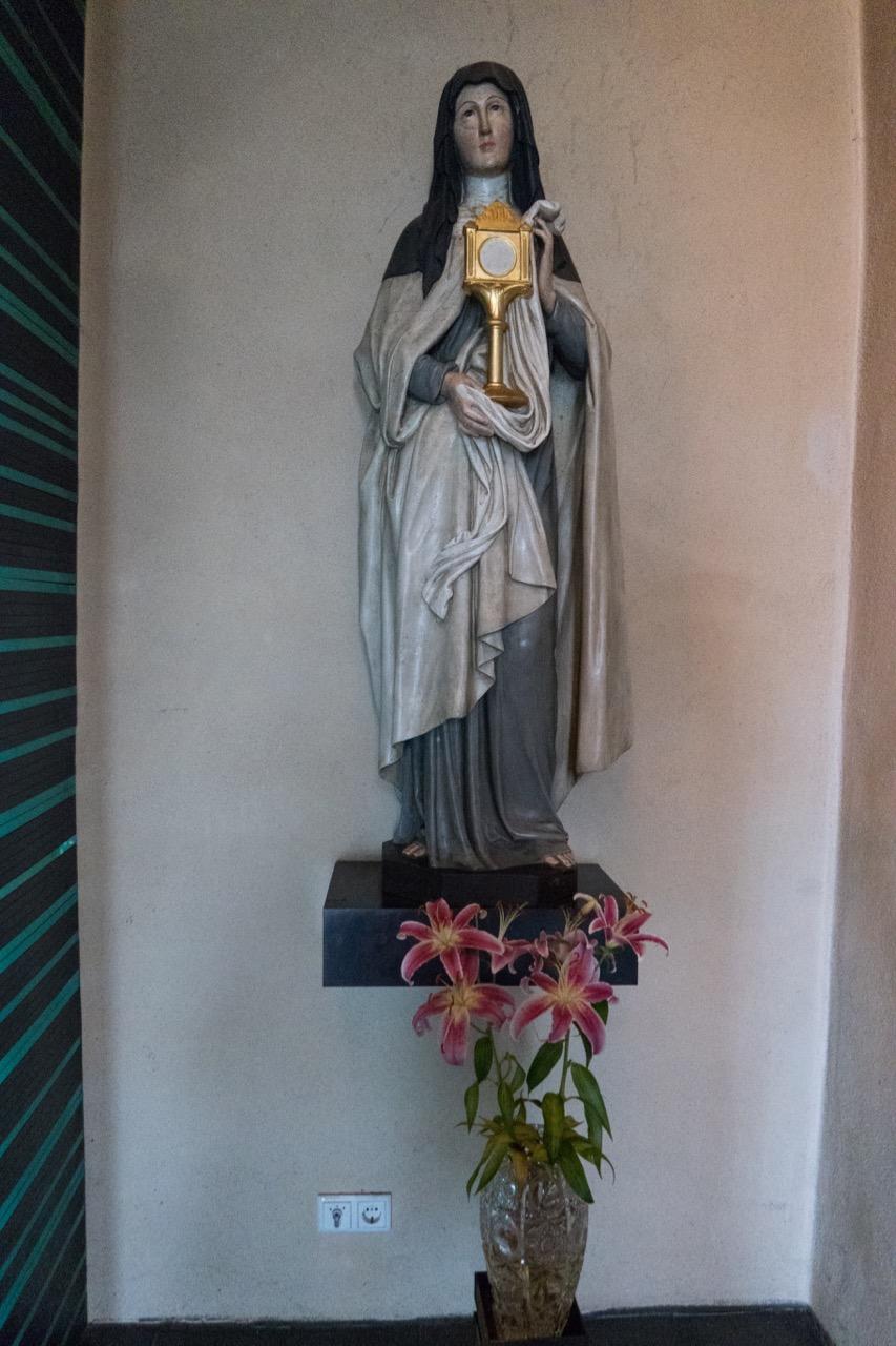 Statue der Hl. Klara (19. Jh.)