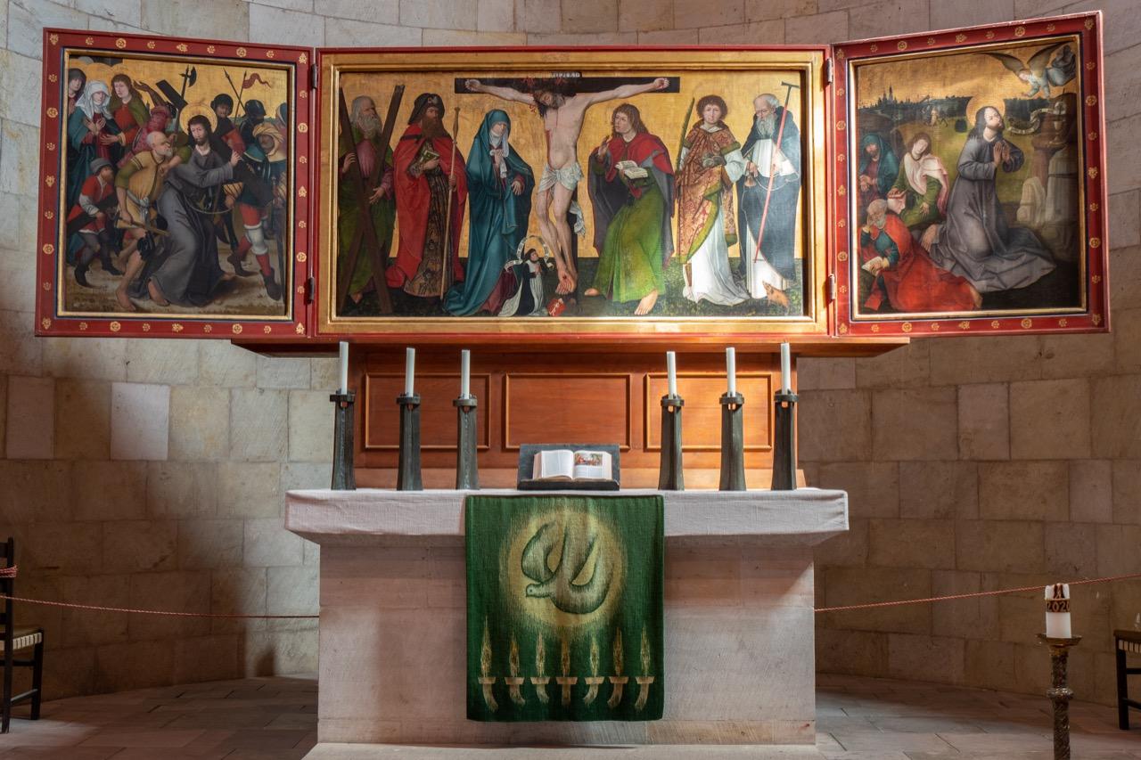 Spätmittelalterlicher Flügelaltar im Hohen Chor