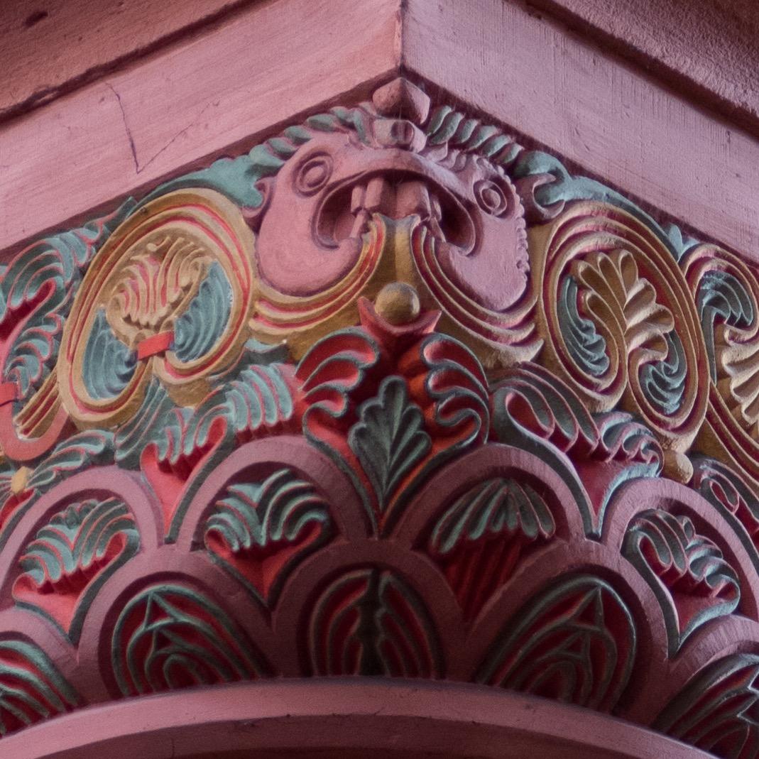 Würfelkapitell an der Arkade zum südlichen Seitenschiff, Detail