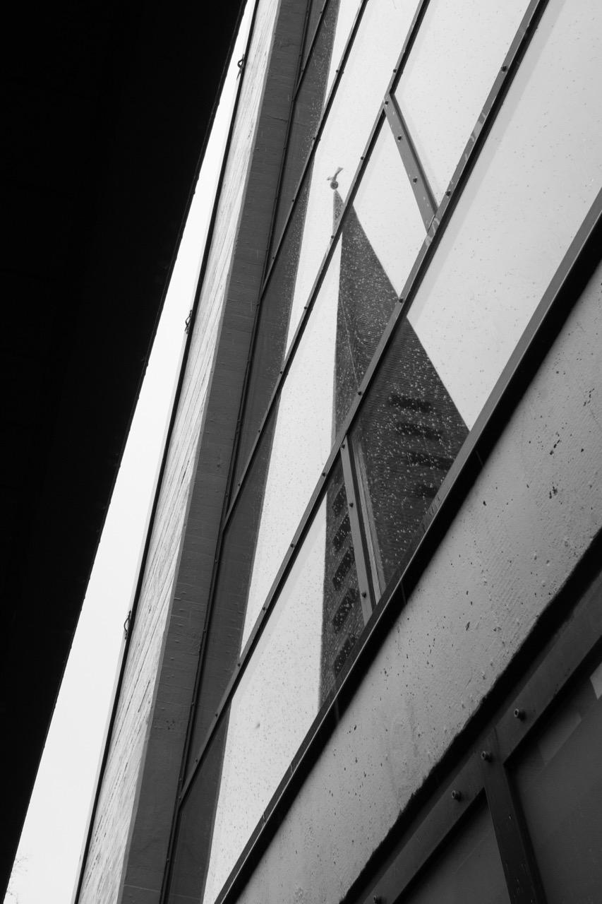Spiegelung der Turmspitze