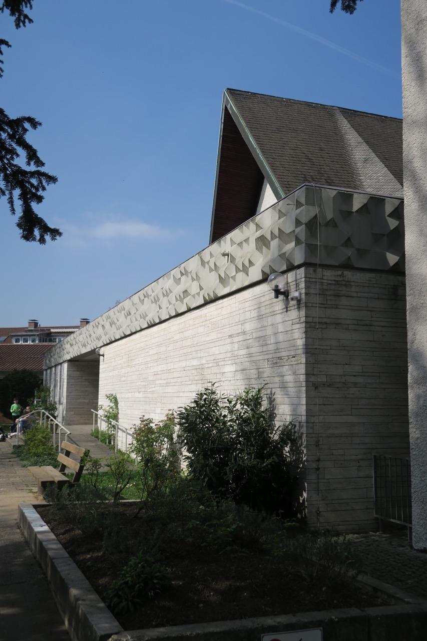 Fries an der Südfassade (Hans Dieter Bohnet, 1960)