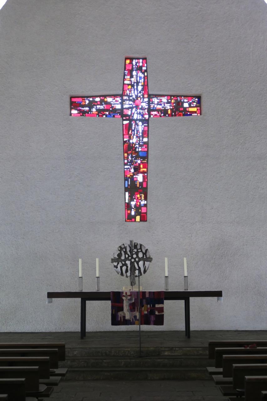 Betonglaskreuz (Luitgard Müller, 1960)