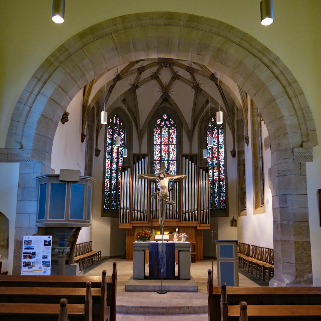 Martinskirche Stuttgart-Plieningen, Innenansicht