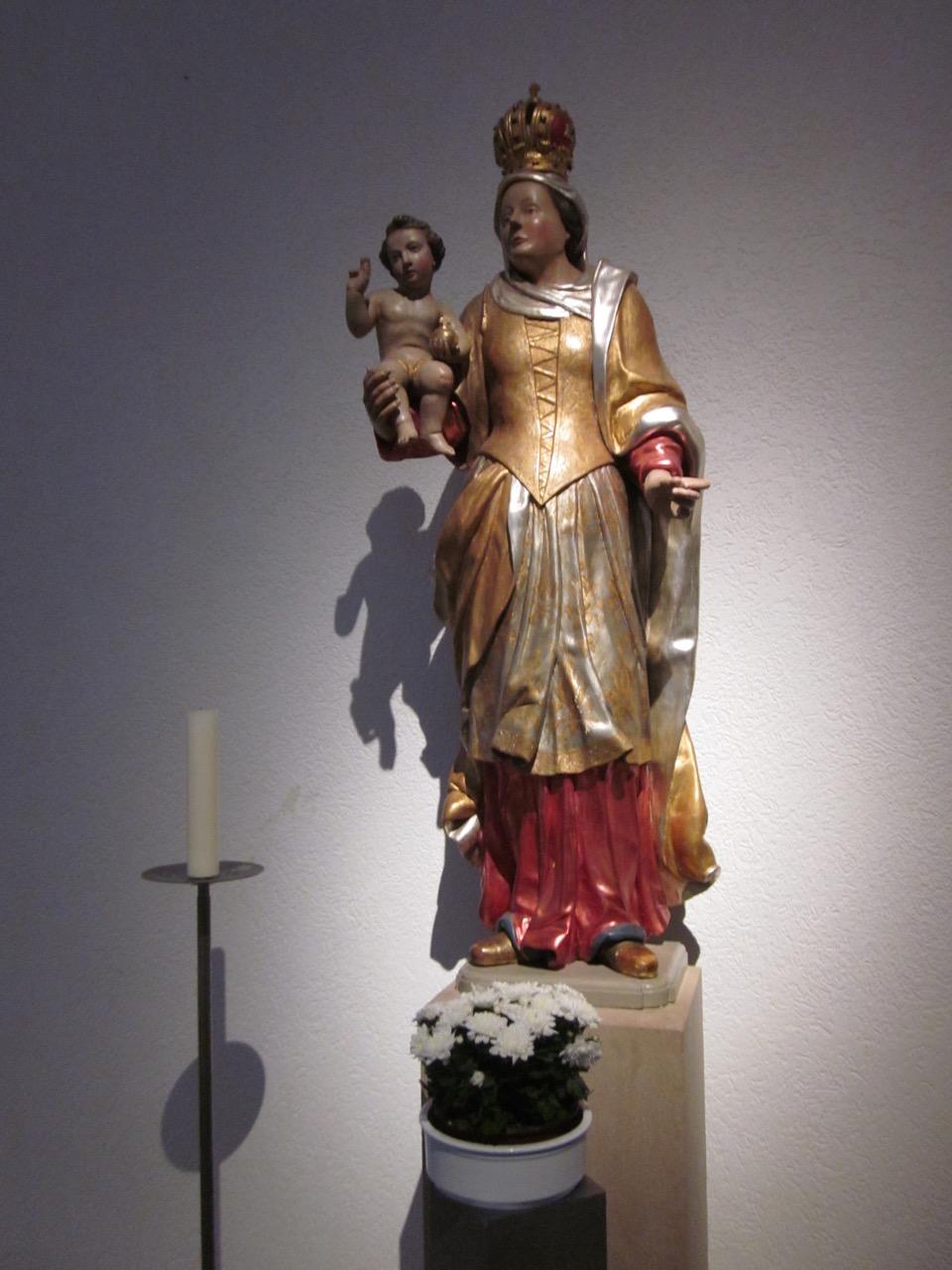 Mutter-Gottes-Statue (18. Jh.)