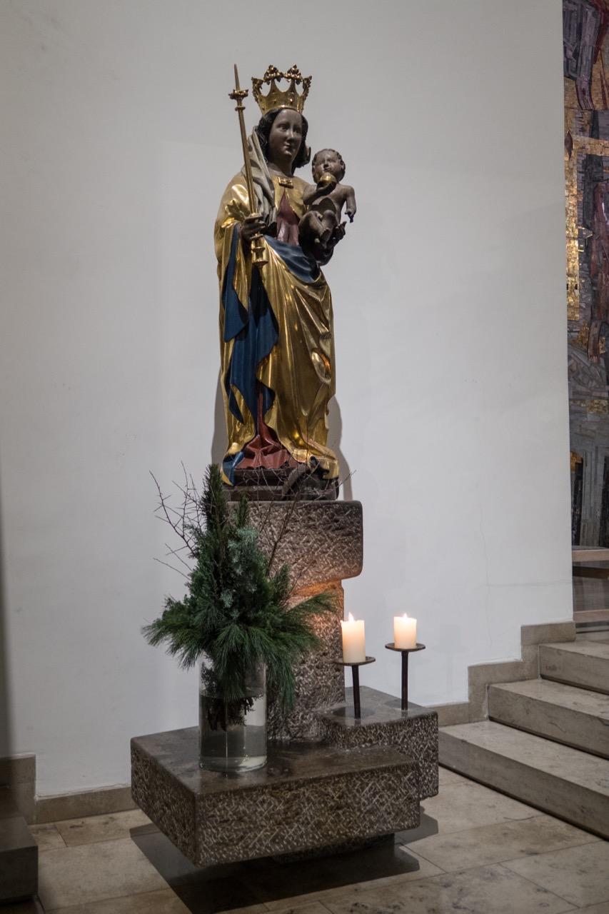 Marienfigur, Mitte 15. Jh.