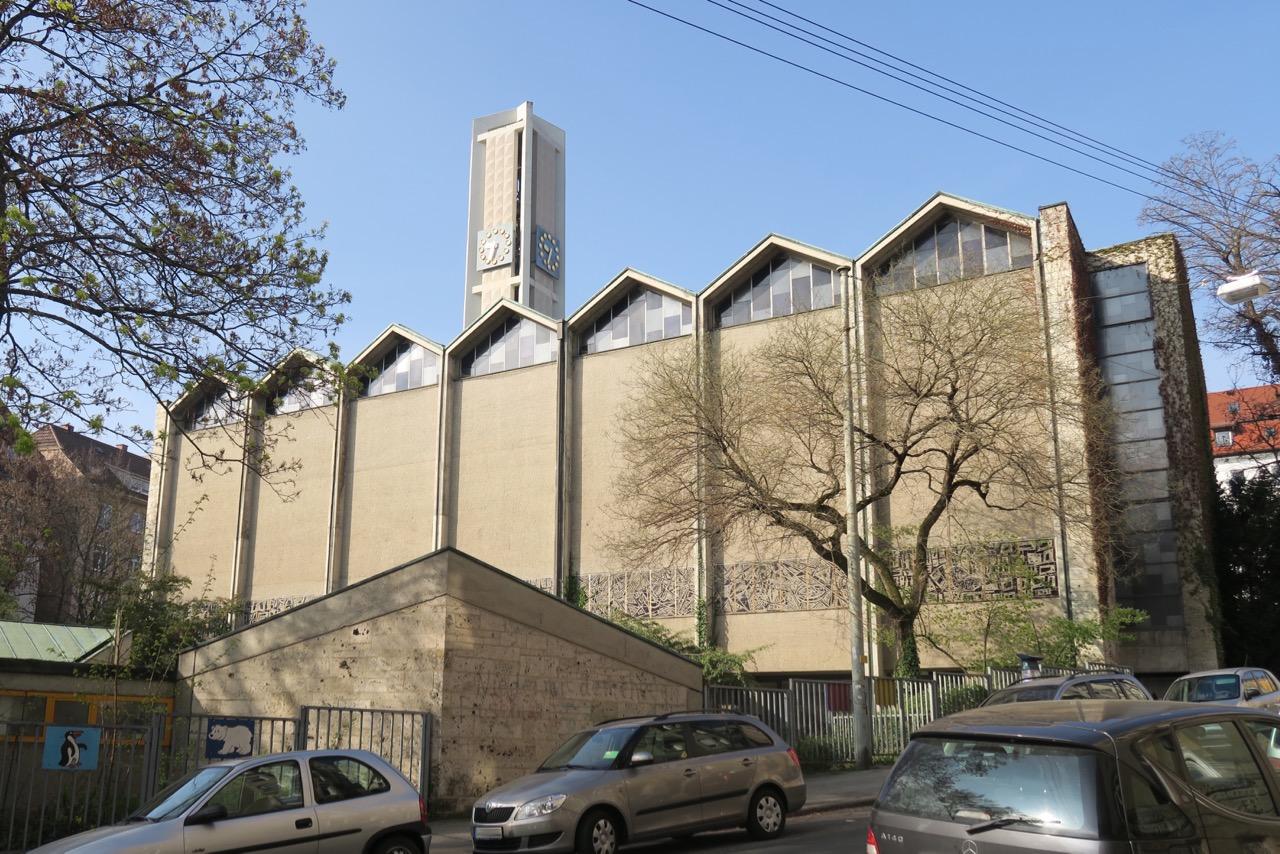Pauluskirche von Osten