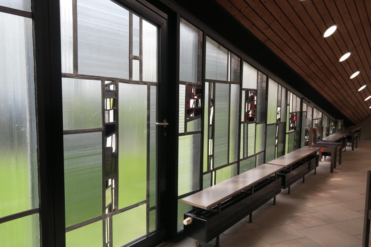 Glasfenster, rechte Seite (Emil Kiess, 1966)