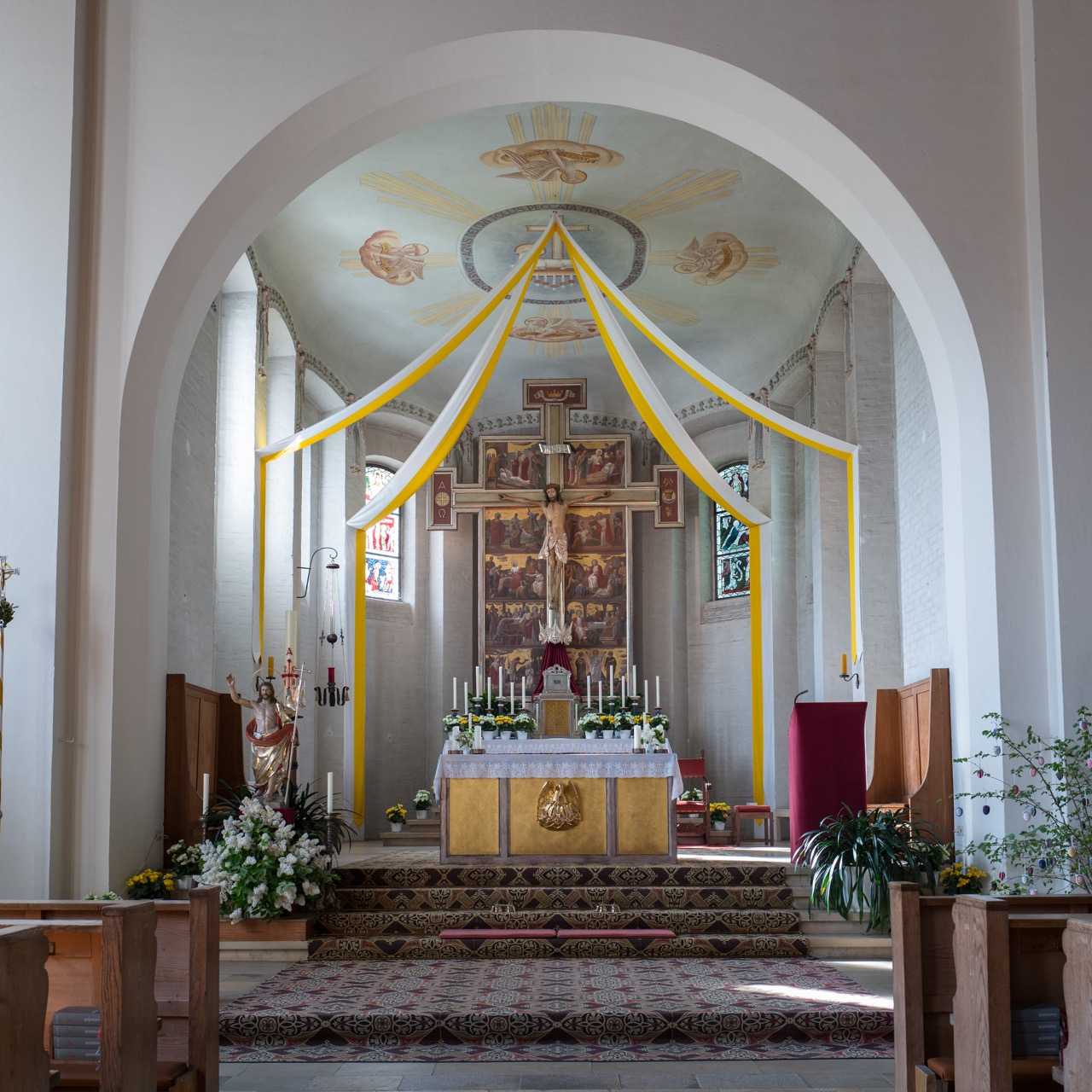 Pfarrkirche Christkönig, Chor