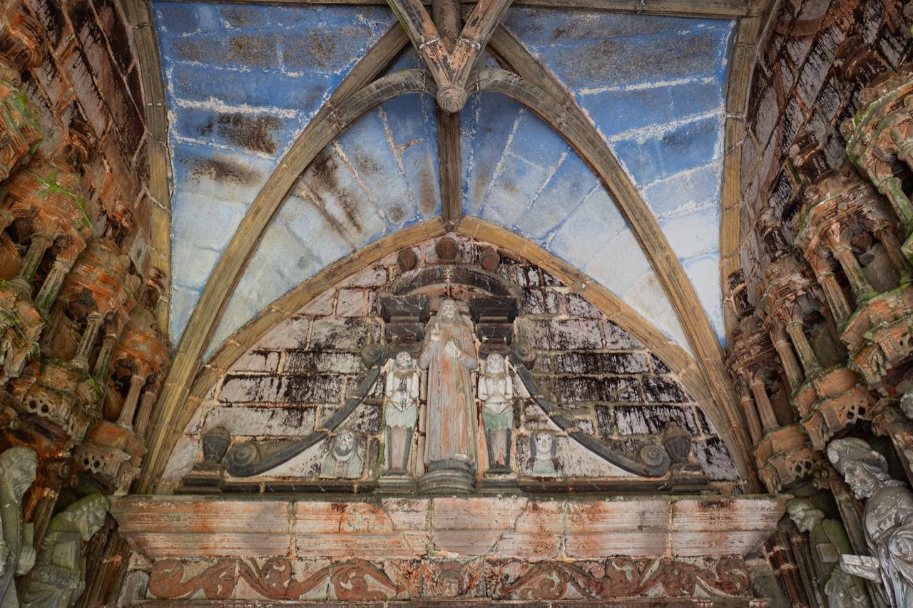 Südvorhalle, Bild des segnenden Christus in romanisierendem Stil