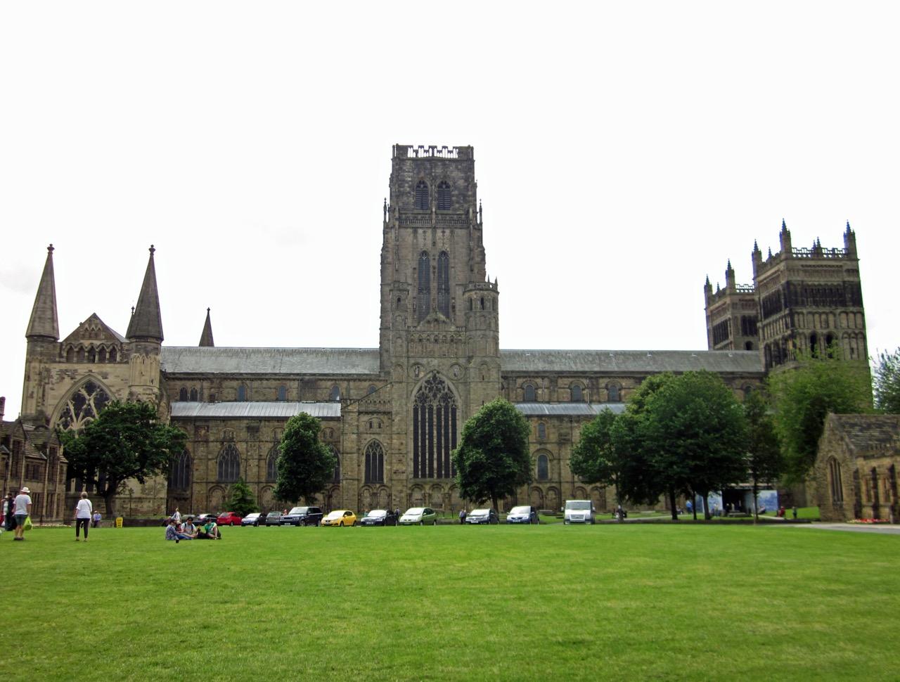 Durham Cathedral, Außenansicht