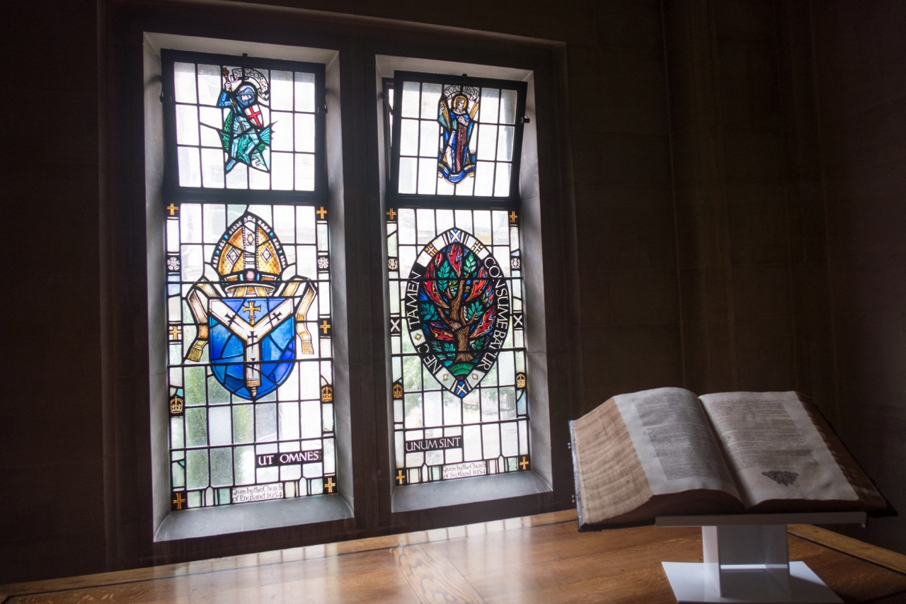 """Stained glass window """"Friendship of the Churches"""" (donated by the Church of England and the Church of Scotland)"""